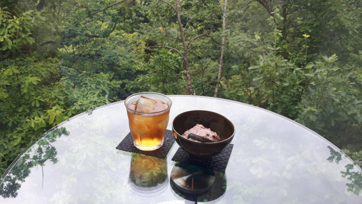 定山渓温泉のカフェ崖の上のレポート