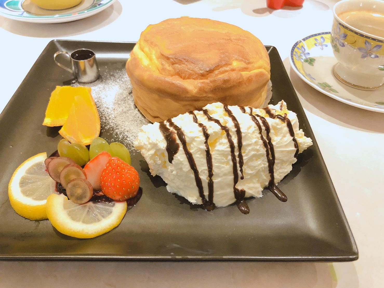 つきさむパンケーキ 金のスプーン 金のふわとろスフレパンケーキ